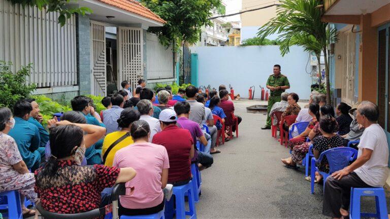 Anh 1 Tuyen Truyen Va Tap Huan Ky Nang Pccc